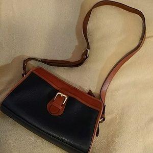 Liz Claiborne Leather Pocketbook